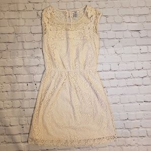 Bar III Cream Lace Dress Size Small